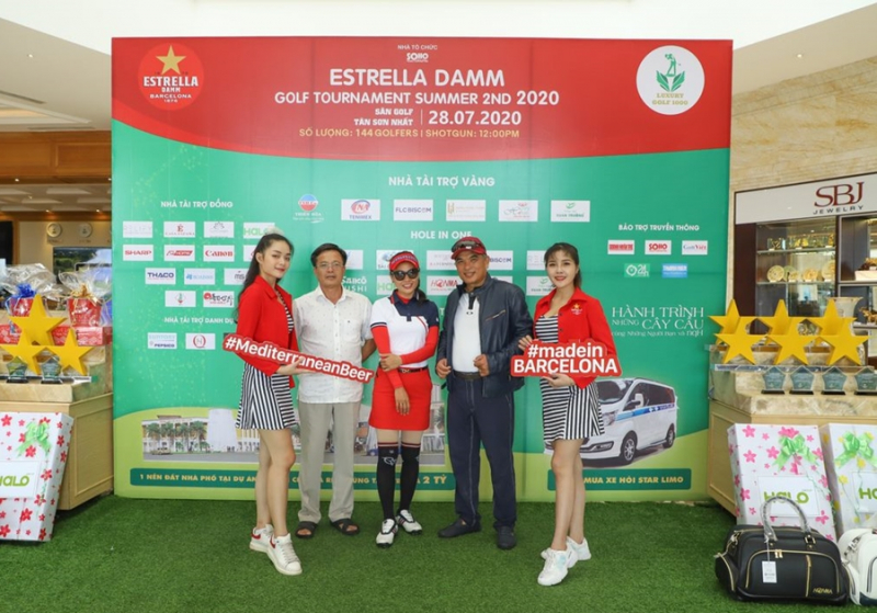 Nguyen-Quoc-Tinh-vo-dich-giai-Estrella-Damm-Golf-Tournament-Summer-2nd (1)
