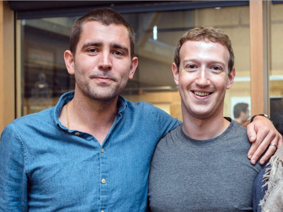Chris Cox và Mark Zuckerberg (Ảnh: Facebook)