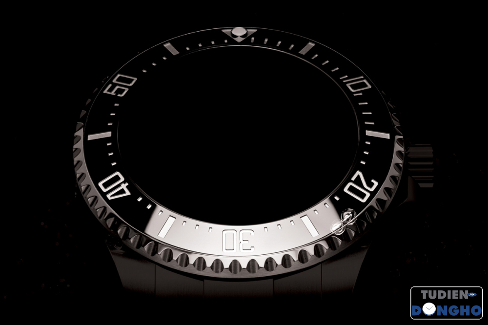 7 - 60-minute-diving-scale-bezel tudiendongho