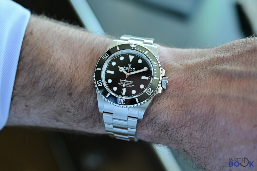 Rolex-Submariner-41mm-124060-no-date-Steel-2020-review-3